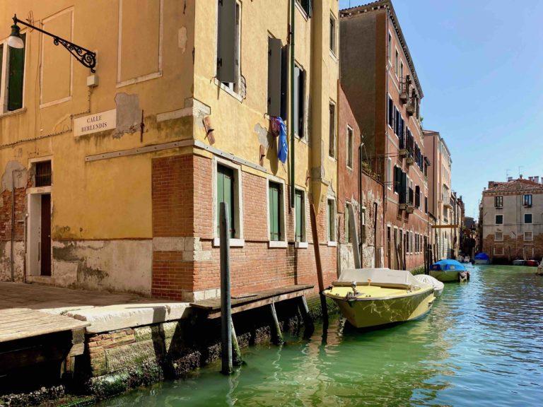 Canal Dream Venezia Appartamento Ingresso e Vista Canale