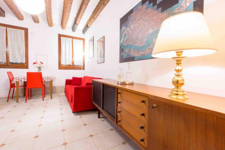 Saint Mark apartment Venice stylish room