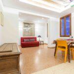 Venice apartment with terrace arper kilim